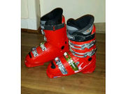 Rossingnol Saphir GX cockpit ski boots in Navy and Salomon Link Course